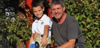 Nogometni geni Buškulića Moljinih s Vira podarili su talent Tomi Moljinom, osmogodišnjem dečku koji dribla kao Messi, a zabija kao Ronaldo