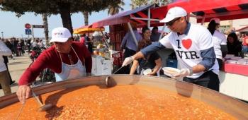 Najveća prvosvibanjska fešta u Zadarskoj županiji okupila više tisuća Virana, virskih vikendaša i gostiju iz cijelog svijeta